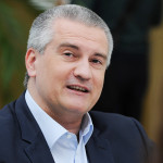 Глава Крыма попросил ФСБ вернуть выданные на взятки 2 млн руб.