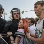 Госдума одобрила наказание за вовлечение детей в несогласованные митинги
