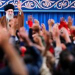 Верховный лидер Ирана ответил на введение новых санкций США
