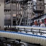 Украина продлила продовольственное эмбарго на российские товары