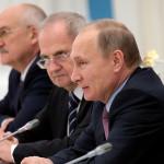 Путин впервые не запланировал отдельной встречи с КС в День Конституции