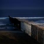 Саботаж от демократов: сможетли Трамп убедить конгресс построить стену