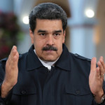 Мадуро предложил досрочно избрать новый парламент