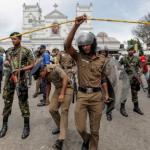 Президент Шри-Ланки после терактов решил уволить глав всех спецслужб