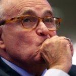 Адвокат сообщил о связи помогавшего Джулиани выходца из СССР с Фирташем