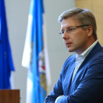 СМИ сообщили об обысках дома и в кабинете у мэра Риги